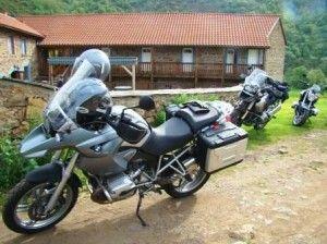 Gites avec parking pour les motos proche A75