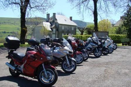 Virée et balade en moto sur les routes d'Auvergne - Monts du CAntal