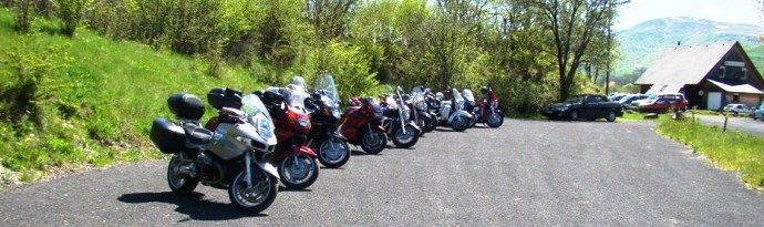 Gites et chambres d'hôtes pour motards et balade moto en Auvergne