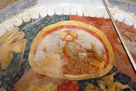 Détail des peintures murales de l'église romade de Bousselargues à Blesle