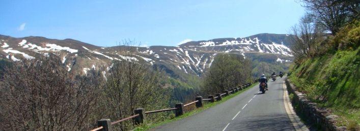 Visite des volcans de la chaine des Puys en moto