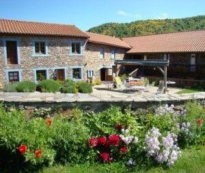 location en gestion libre en gite rural de grande capacité en Haute Loire - Auvergne