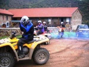 Bouclier Arverne , randonnée 4x4, quads et motos en Auvergne